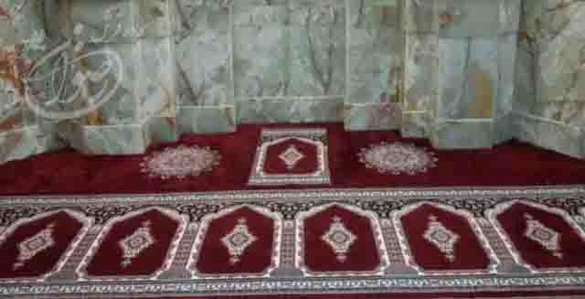 mihrab-prayer-rug-for-mosque-red-islum-prayer-rugs-new-mosque-carpet.jpg